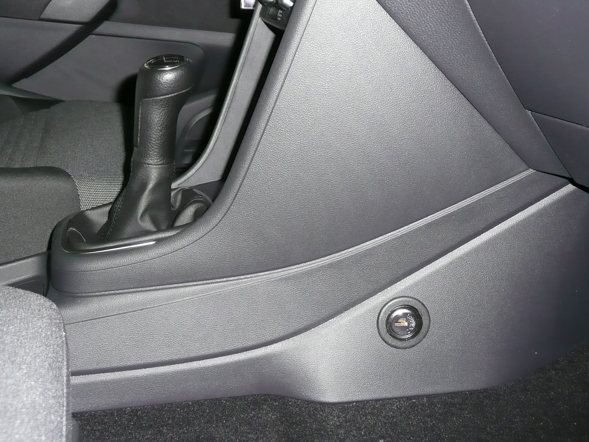 VW Polo 2009 - Pin-lock