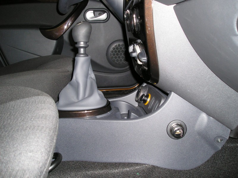 Dacia Duster - Pin-lock